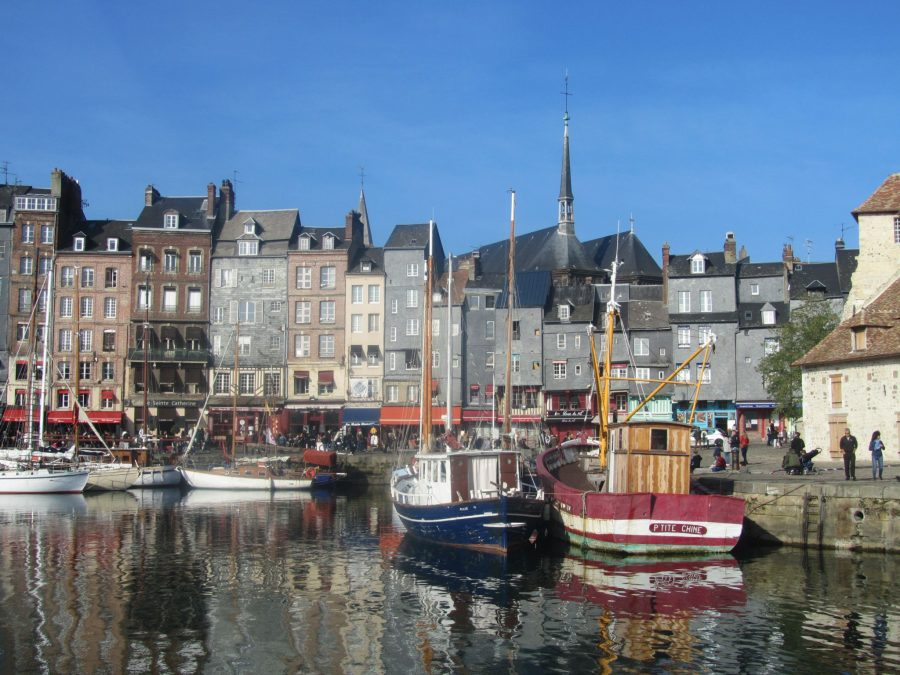 Fantastic Places to Visit in Normandy with Kids - Suitcases