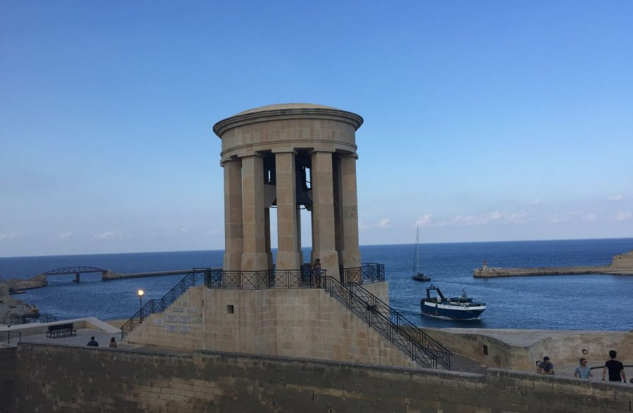 A Valletta Walking Tour around the City of Palaces